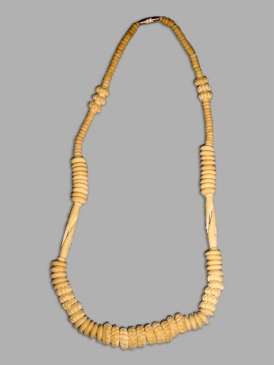 African-Necklace-Designer-F
