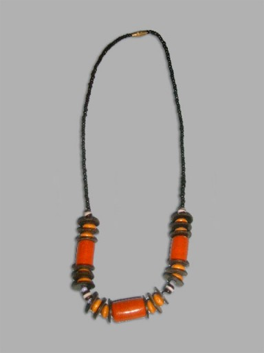 African-Necklace-Designer-9