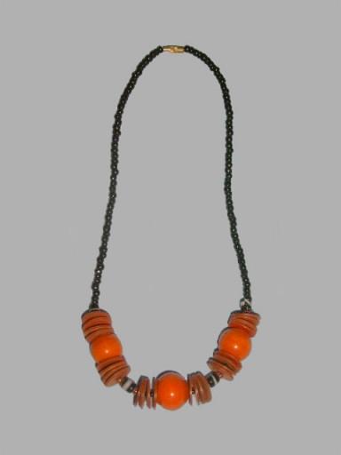 African-Necklace-Designer-11