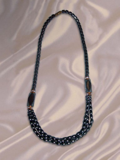 African-Necklace-Designer-7