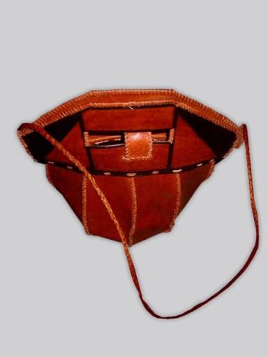 Leather-Bag-Designer-4